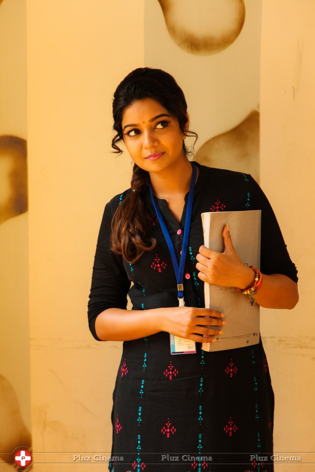 Swathi @ Yaakkai Movie Latest Gallery