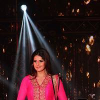 Zareen Khan - Bullion and Jewellery awards 2013 Photos