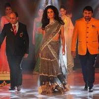 Mallika Sherawat - Bullion and Jewellery awards 2013 Photos