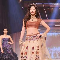 Katrina Kaif - Bollywood stars walk the ramp for Yash Chopra tribute photos