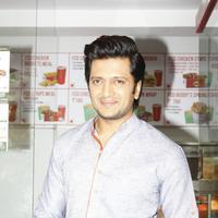 Riteish Deshmukh & Pulkit launch Bangistan's food joint Fc Donalds Photos   Picture 1078175