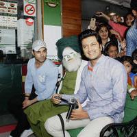 Riteish Deshmukh & Pulkit launch Bangistan's food joint Fc Donalds Photos   Picture 1078184