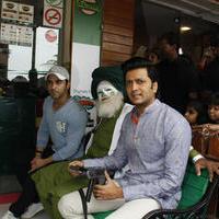 Riteish Deshmukh & Pulkit launch Bangistan's food joint Fc Donalds Photos   Picture 1078185