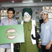 Riteish Deshmukh & Pulkit launch Bangistan's food joint Fc Donalds Photos   Picture 1078186