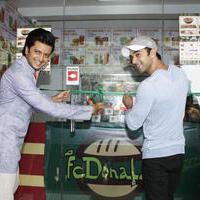 Riteish Deshmukh & Pulkit launch Bangistan's food joint Fc Donalds Photos   Picture 1078187