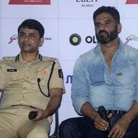 Sunil Shetty spreads awareness on using helmet photos | Picture 1078170