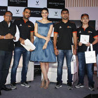 Kriti Sanon launches velvet case.com photos | Picture 1078466