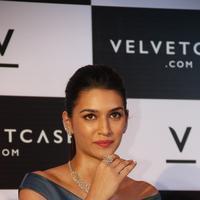 Kriti Sanon launches velvet case.com photos | Picture 1078468