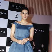 Kriti Sanon launches velvet case.com photos | Picture 1078473