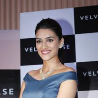 Kriti Sanon launches velvet case.com photos | Picture 1078482