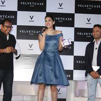 Kriti Sanon launches velvet case.com photos | Picture 1078484