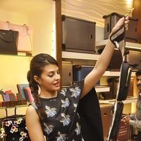 Jacqueline Fernandez At The Tumi Store Photos | Picture 1079731
