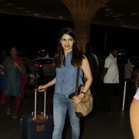 Actress Prachi Desai spotted at Mumbai International Airport Photos | Picture 1079756