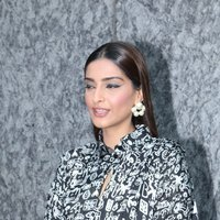 Sonam K Ahuja - Sonam Kapoor Support Fight Malnutrition In The Country In Association With Fight Hunger Foundation and ACF Photos