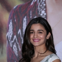 Alia Bhatt - Press conference of Singapore Tourism Board and promotion of film Dear Zindagi Photos | Picture 1439120