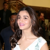 Alia Bhatt - Press conference of Singapore Tourism Board and promotion of film Dear Zindagi Photos | Picture 1439112