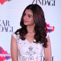 Alia Bhatt - Press conference of Singapore Tourism Board and promotion of film Dear Zindagi Photos | Picture 1439121