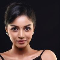 Sanam Shetty - Kalaivendhan Movie Hot Stills