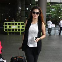 Actress Raai Laxmi spotted at International airport photos | Picture 1078450