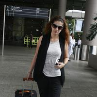 Actress Raai Laxmi spotted at International airport photos | Picture 1078451