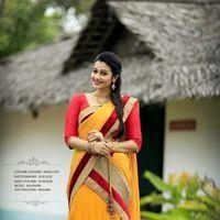 Actress Kalhaara Photoshoot Stills   Picture 1438712
