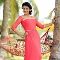 Actress Kalhaara Photoshoot Stills   Picture 1438709