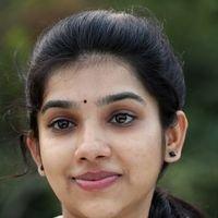 Dhiya Nayar - Theriyum Aana Theriyathu Movie Stills   Picture 1440777