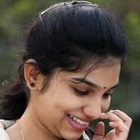 Dhiya Nayar - Theriyum Aana Theriyathu Movie Stills   Picture 1440775