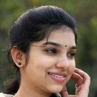 Dhiya Nayar - Theriyum Aana Theriyathu Movie Stills   Picture 1440774