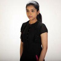 Dhiya Nayar - Theriyum Aana Theriyathu Movie Stills | Picture 1440783