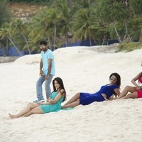 Aata Movie Stills   Picture 1437954