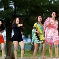 Aata Movie Stills   Picture 1437962
