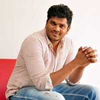 Director Shivraj Kanumuri Interview About _Jayammu Nischayammu Raa Photos | Picture 1440640
