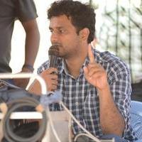Srinivas Avasarala - Oohalu Gusa Gusalaade Movie Working Stills