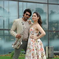Vasuvum Saravananum Onna Padichavanga Movie Latest Stills | Picture 1094054