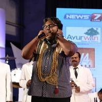 D. Imman - V4 Entertainers Film Awards 2014 Photos