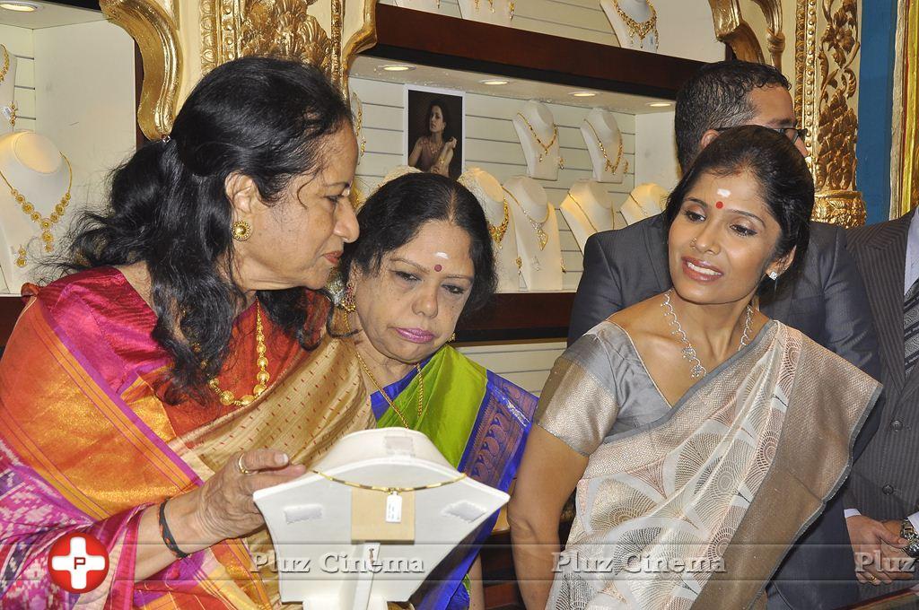 Joyalukkas Platinum Collection Launch Photos | Picture 930694