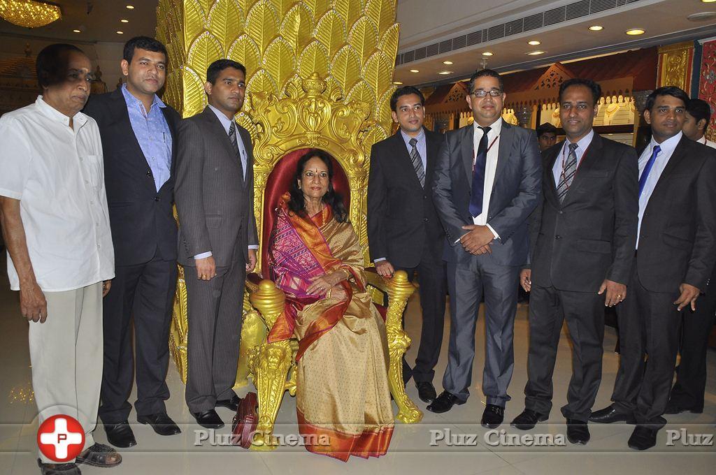 Joyalukkas Platinum Collection Launch Photos   Picture 930702