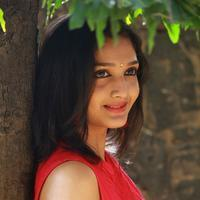 Swastika - Aayirathil Iruvar Movie Team Interview Photos | Picture 939543