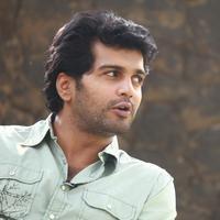 Vinay - Aayirathil Iruvar Movie Team Interview Photos | Picture 939578