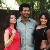Aayirathil Iruvar Movie Team Interview Photos | Picture 939597