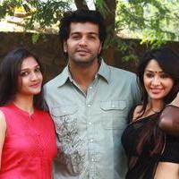 Aayirathil Iruvar Movie Team Interview Photos | Picture 939612