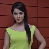 Neetu Chandra - Thilagar Movie Team Interview Stills