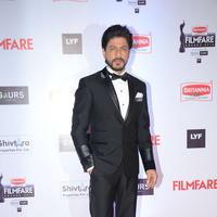 Shahrukh Khan - 61st Britannia Filmfare Awards 2015 Photos