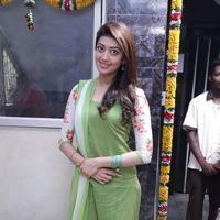 Pranitha - Enakku Vaaitha Adimaigal Movie Launch Stills