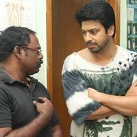 Srikanth - Celebrities Pay last respect to Film News Anandan Photos