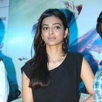 Radhika Apte - Manjhi Movie Press Meet Stills | Picture 1092781