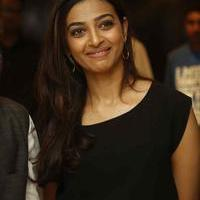 Radhika Apte - Manjhi Movie Press Meet Stills | Picture 1092794