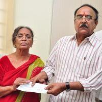 MAA Donate Cheque to Pavala Syamala Stills