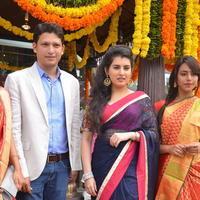 Archana Shastry - Archana Launches Srinivasa Textiles Photos   Picture 1088486
